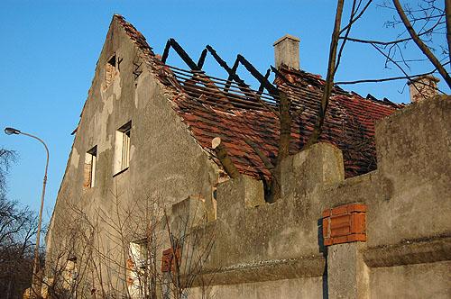 Spalony dom 11