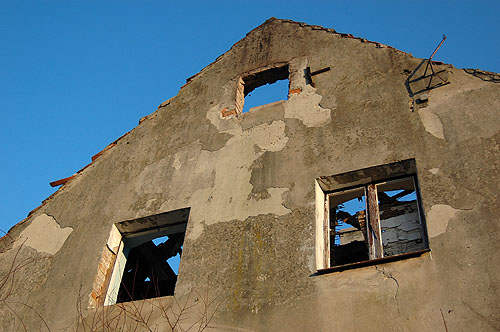 Spalony dom 2